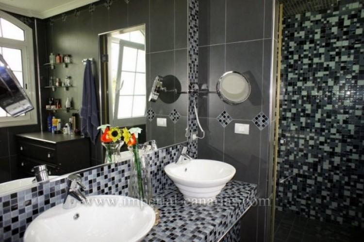 4 Bed  Villa/House for Sale, La Orotava, Tenerife - IC-VAD9449 5