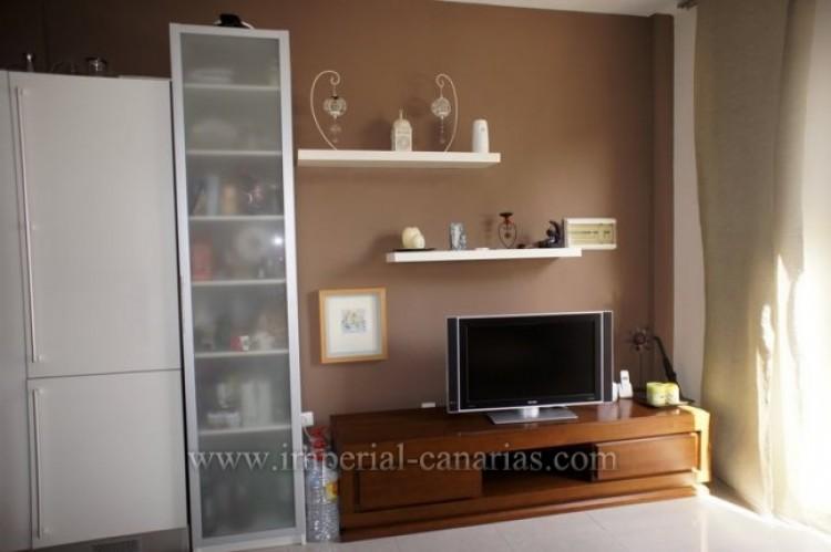 2 Bed  Flat / Apartment for Sale, Puerto de la Cruz, Tenerife - IC-VPI9398 3