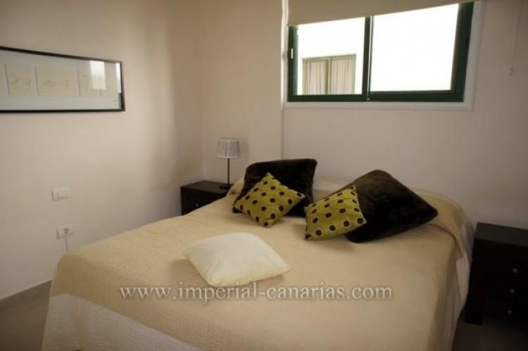 2 Bed  Flat / Apartment for Sale, Puerto de la Cruz, Tenerife - IC-VPI9398 5