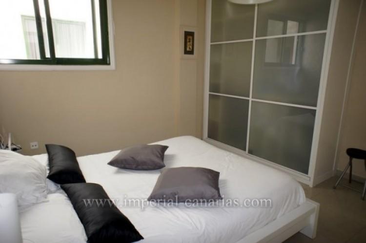 2 Bed  Flat / Apartment for Sale, Puerto de la Cruz, Tenerife - IC-VPI9398 6