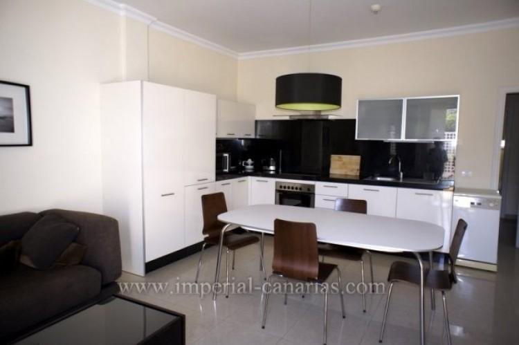 2 Bed  Flat / Apartment for Sale, Puerto de la Cruz, Tenerife - IC-VPI9399 1