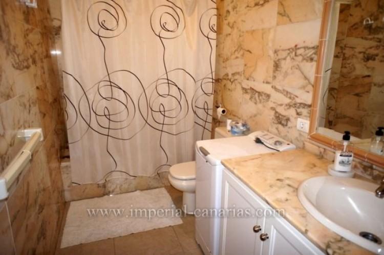 2 Bed  Flat / Apartment for Sale, Puerto de la Cruz, Tenerife - IC-VPI9399 6