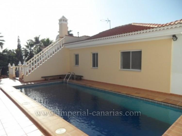 5 Bed  Villa/House for Sale, Santa Ursula, Tenerife - IC-VCH9324 3