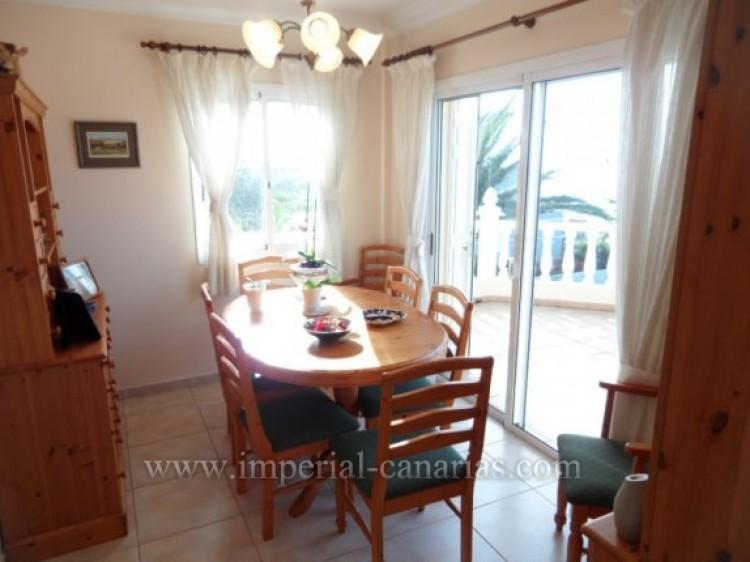 5 Bed  Villa/House for Sale, Santa Ursula, Tenerife - IC-VCH9324 9