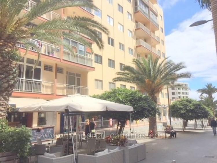 4 Bed  Flat / Apartment for Sale, Puerto de la Cruz, Tenerife - IC-VPI9260 1