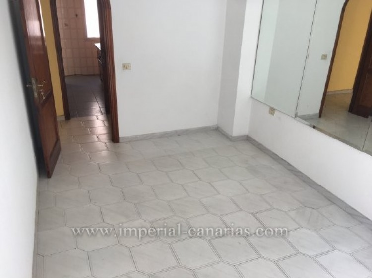 4 Bed  Flat / Apartment for Sale, Puerto de la Cruz, Tenerife - IC-VPI9260 17