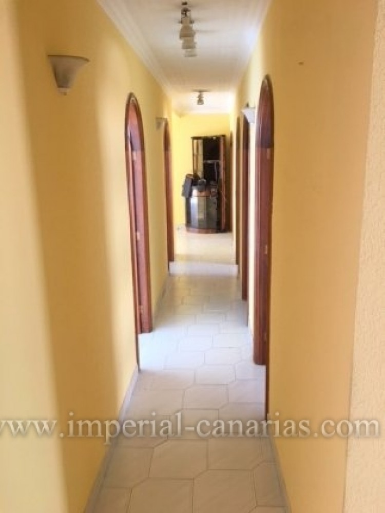 4 Bed  Flat / Apartment for Sale, Puerto de la Cruz, Tenerife - IC-VPI9260 5