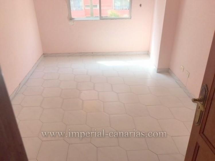 4 Bed  Flat / Apartment for Sale, Puerto de la Cruz, Tenerife - IC-VPI9260 6