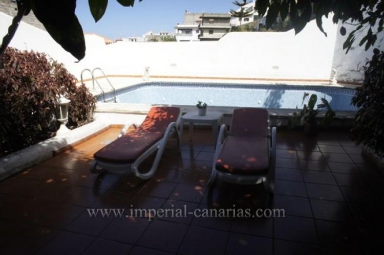 5 Bed  Villa/House for Sale, Santa Ursula, Tenerife - IC-VCH9237 3