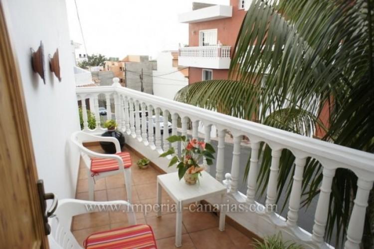 5 Bed  Villa/House for Sale, Santa Ursula, Tenerife - IC-VCH9237 4