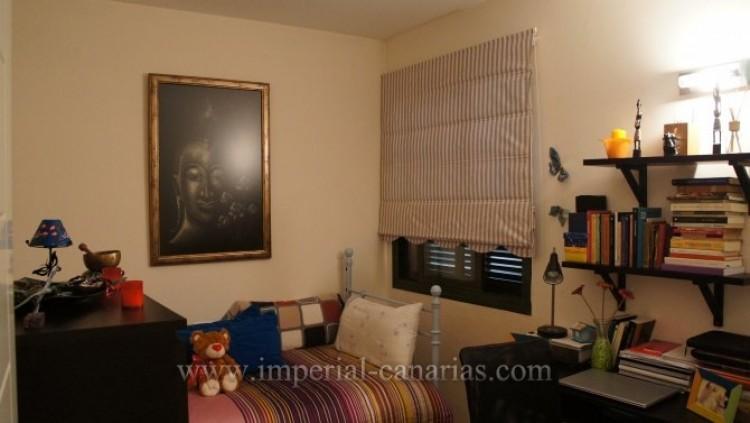 2 Bed  Flat / Apartment for Sale, Puerto de la Cruz, Tenerife - IC-VAP9233 6