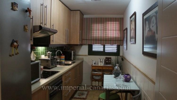 2 Bed  Flat / Apartment for Sale, Puerto de la Cruz, Tenerife - IC-VAP9233 7