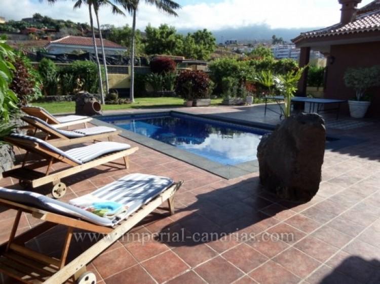 5 Bed  Villa/House for Sale, Puerto de la Cruz, Tenerife - IC-VCH9213 3