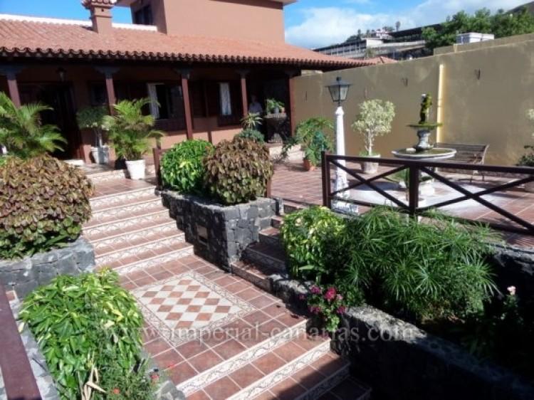 5 Bed  Villa/House for Sale, Puerto de la Cruz, Tenerife - IC-VCH9213 6