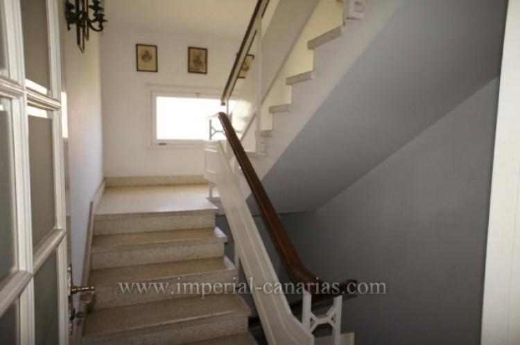 4 Bed  Villa/House for Sale, Puerto de la Cruz, Tenerife - IC-VCH9133 17