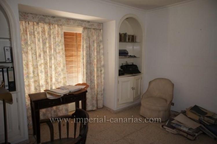 4 Bed  Villa/House for Sale, Puerto de la Cruz, Tenerife - IC-VCH9133 19