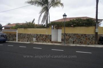 4 Bed  Villa/House for Sale, Los Realejos, Tenerife - IC-VCH9109