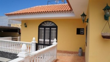 4 Bed  Villa/House for Sale, Icod de los Vinos, Tenerife - IC-VCH8821