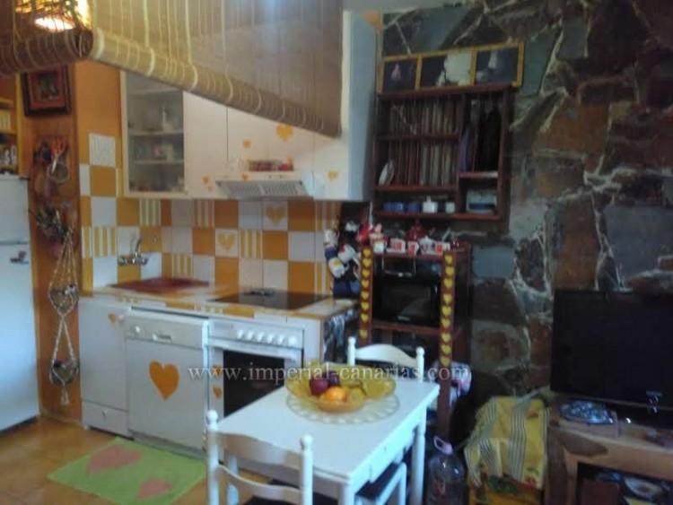2 Bed  Villa/House for Sale, Puerto de la Cruz, Tenerife - IC-VPI8799 7