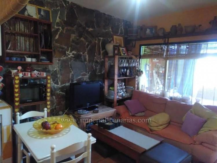 2 Bed  Villa/House for Sale, Puerto de la Cruz, Tenerife - IC-VPI8799 9