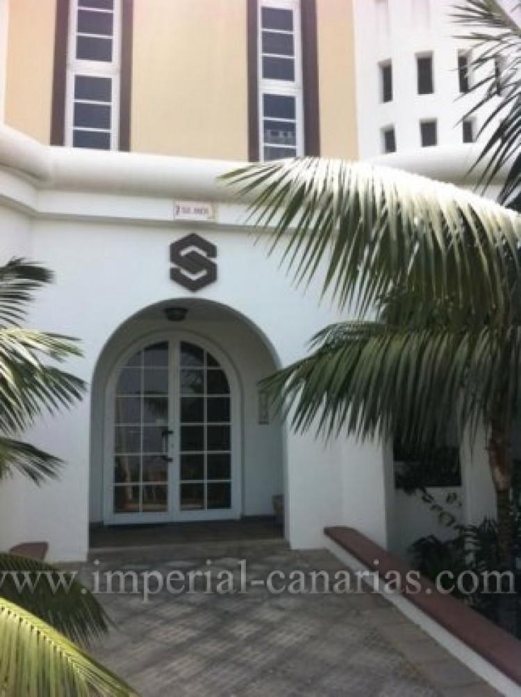 3 Bed  Flat / Apartment for Sale, Puerto de la Cruz, Tenerife - IC-VPI8795 1