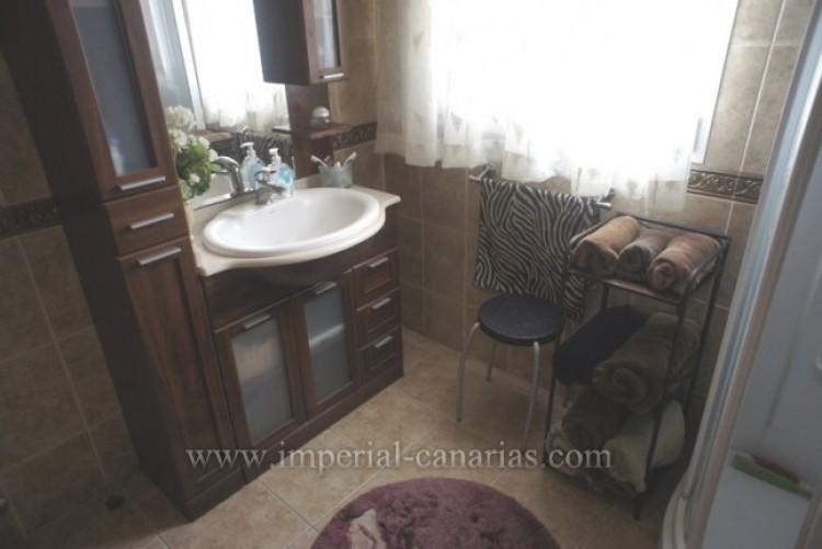5 Bed  Villa/House for Sale, La Orotava, Tenerife - IC-VCH8781 11