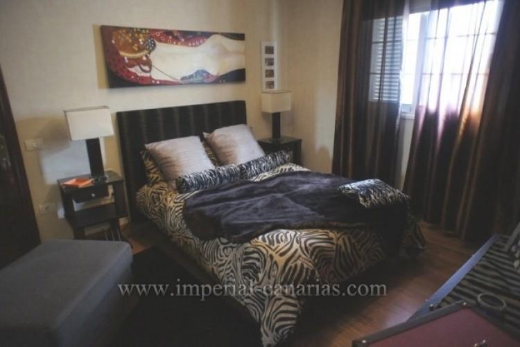 5 Bed  Villa/House for Sale, La Orotava, Tenerife - IC-VCH8781 12