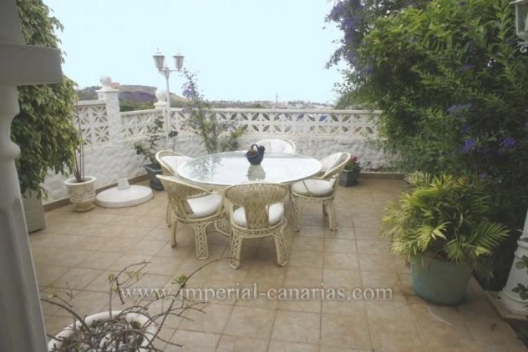 5 Bed  Villa/House for Sale, La Orotava, Tenerife - IC-VCH8781 2