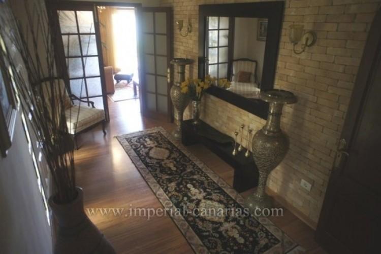 5 Bed  Villa/House for Sale, La Orotava, Tenerife - IC-VCH8781 7
