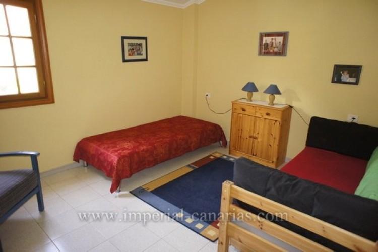 5 Bed  Villa/House for Sale, Puerto de la Cruz, Tenerife - IC-VCH8741 16