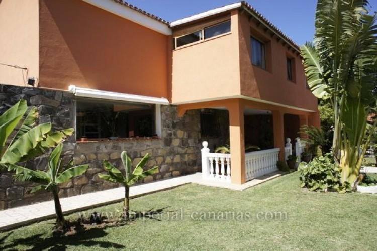 5 Bed  Villa/House for Sale, Puerto de la Cruz, Tenerife - IC-VCH8741 2