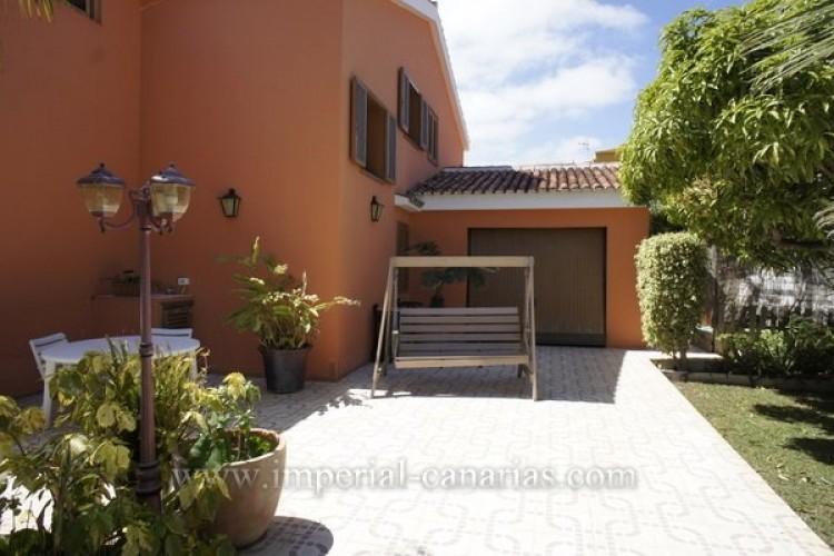 5 Bed  Villa/House for Sale, Puerto de la Cruz, Tenerife - IC-VCH8741 20