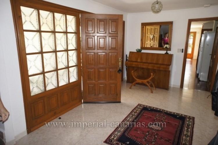 5 Bed  Villa/House for Sale, Puerto de la Cruz, Tenerife - IC-VCH8741 5