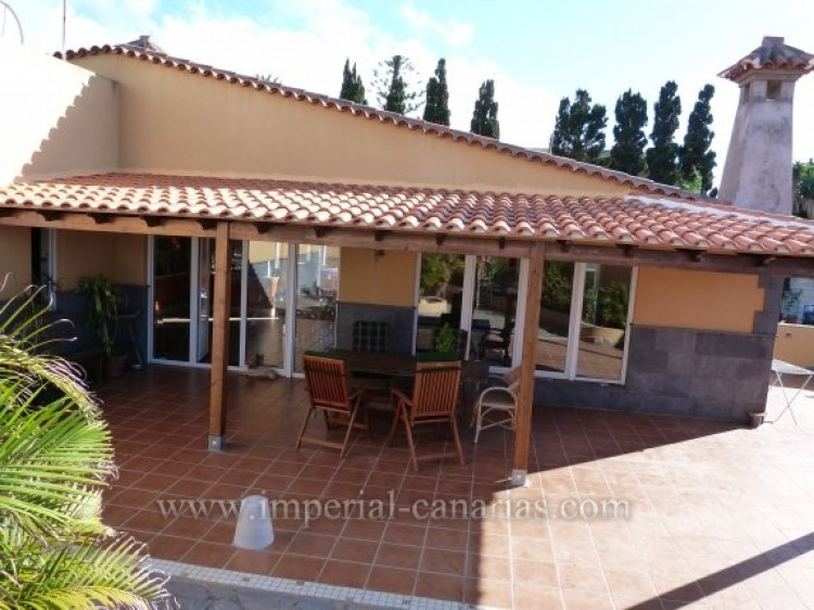 4 Bed  Villa/House for Sale, Tacoronte, Tenerife - IC-VCH8630 11