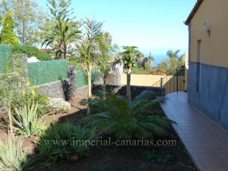 4 Bed  Villa/House for Sale, Tacoronte, Tenerife - IC-VCH8630 12