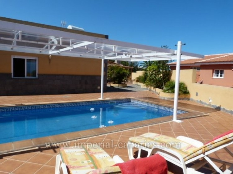 4 Bed  Villa/House for Sale, Tacoronte, Tenerife - IC-VCH8630 13