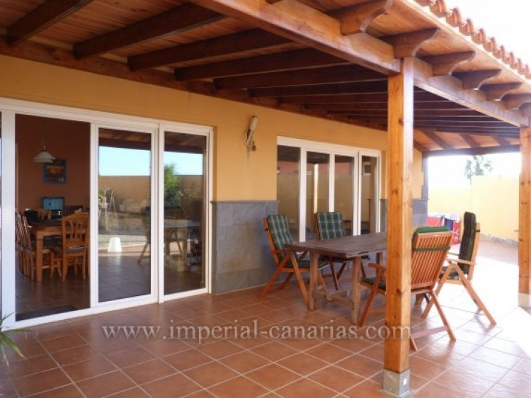 4 Bed  Villa/House for Sale, Tacoronte, Tenerife - IC-VCH8630 15
