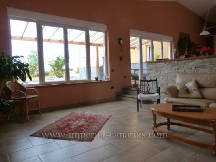 4 Bed  Villa/House for Sale, Tacoronte, Tenerife - IC-VCH8630 5