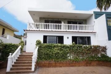 6 Bed  Villa/House for Sale, Los Realejos, Tenerife - IC-VCH8568