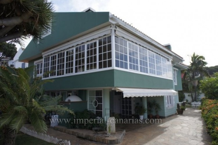 4 Bed  Villa/House for Sale, El Sauzal, Tenerife - IC-VCH8411 1