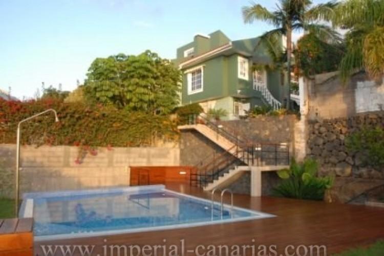 4 Bed  Villa/House for Sale, El Sauzal, Tenerife - IC-VCH8411 2