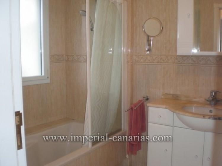 1 Bed  Flat / Apartment to Rent, Puerto de la Cruz, Tenerife - IC-AAP8292 8