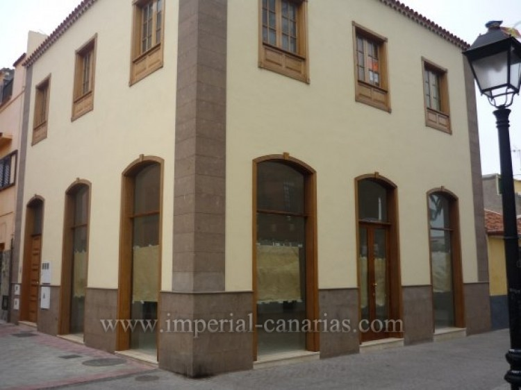 Villa/House for Sale, Puerto de la Cruz, Tenerife - IC-VCH7928 2