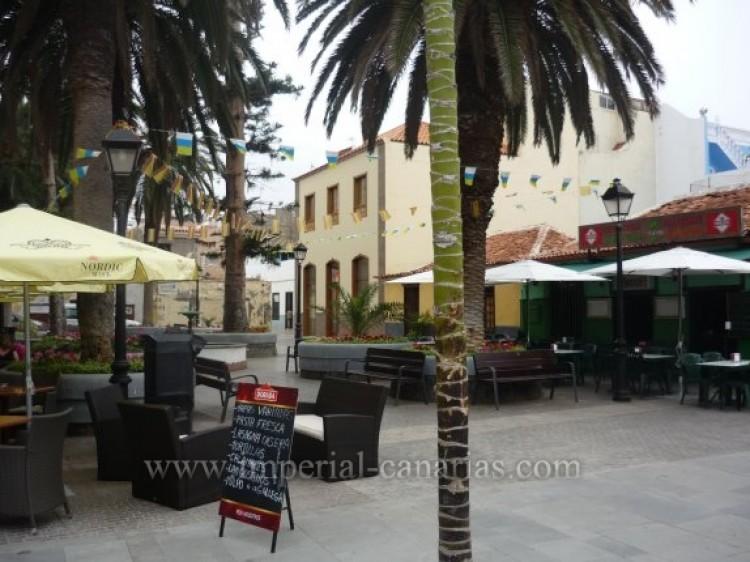 Villa/House for Sale, Puerto de la Cruz, Tenerife - IC-VCH7928 3