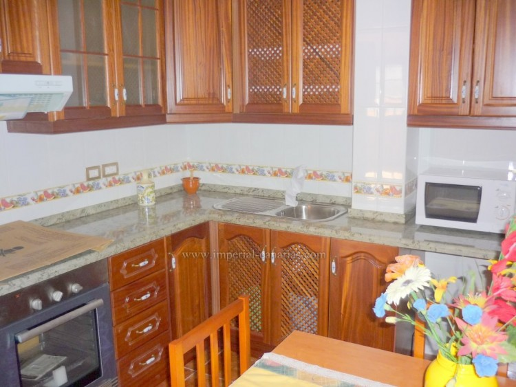 Villa/House for Sale, Puerto de la Cruz, Tenerife - IC-VCH7928 6