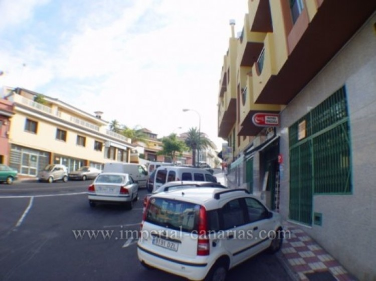 Commercial for Sale, Los Realejos, Tenerife - IC-VLO7887 1