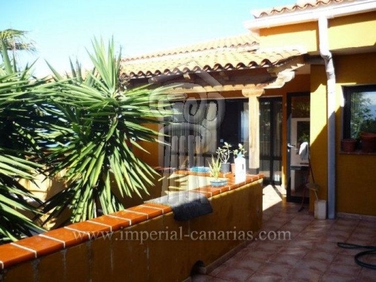 4 Bed  Villa/House for Sale, Tacoronte, Tenerife - IC-VCH7649 7