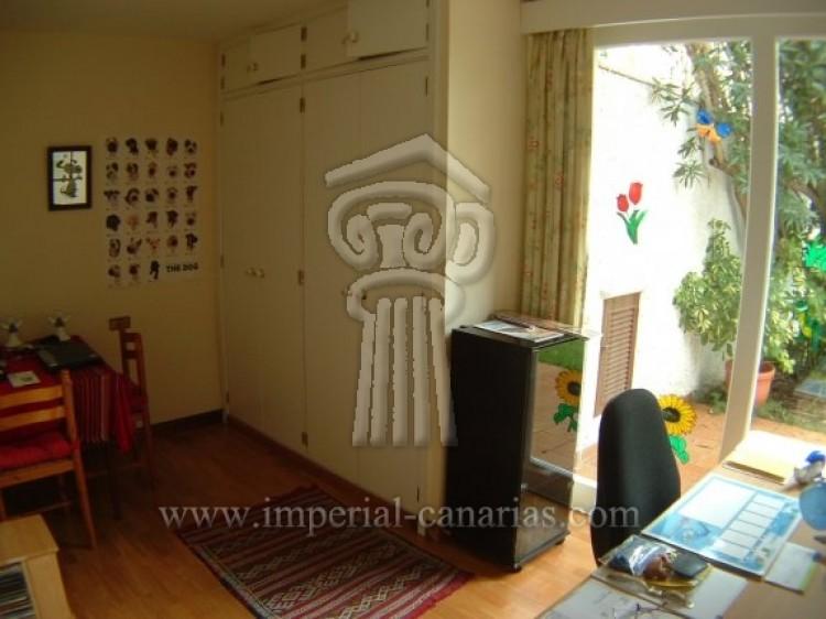 5 Bed  Villa/House for Sale, Puerto de la Cruz, Tenerife - IC-VCH7650 11