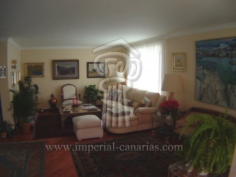 5 Bed  Villa/House for Sale, Puerto de la Cruz, Tenerife - IC-VCH7650 15