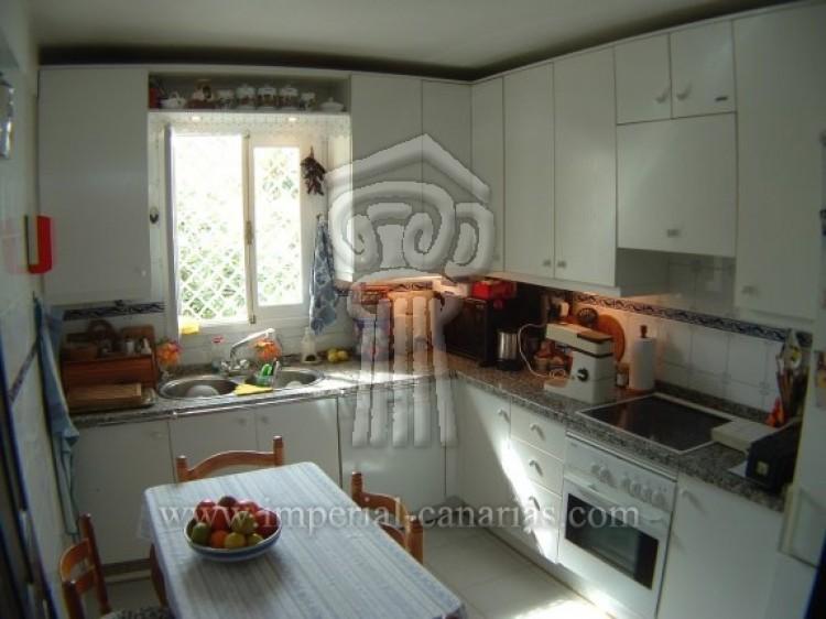 5 Bed  Villa/House for Sale, Puerto de la Cruz, Tenerife - IC-VCH7650 8